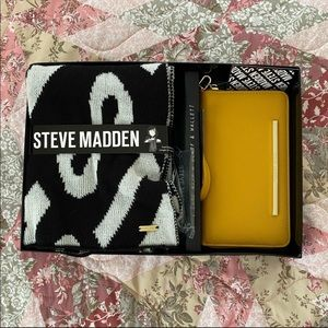 New Steve Madden Set Scarf and Wallet